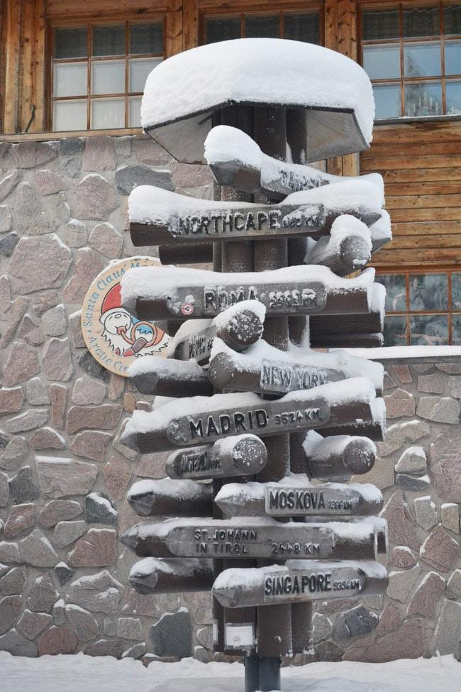 santa claus village rovaniemi laponie finlande