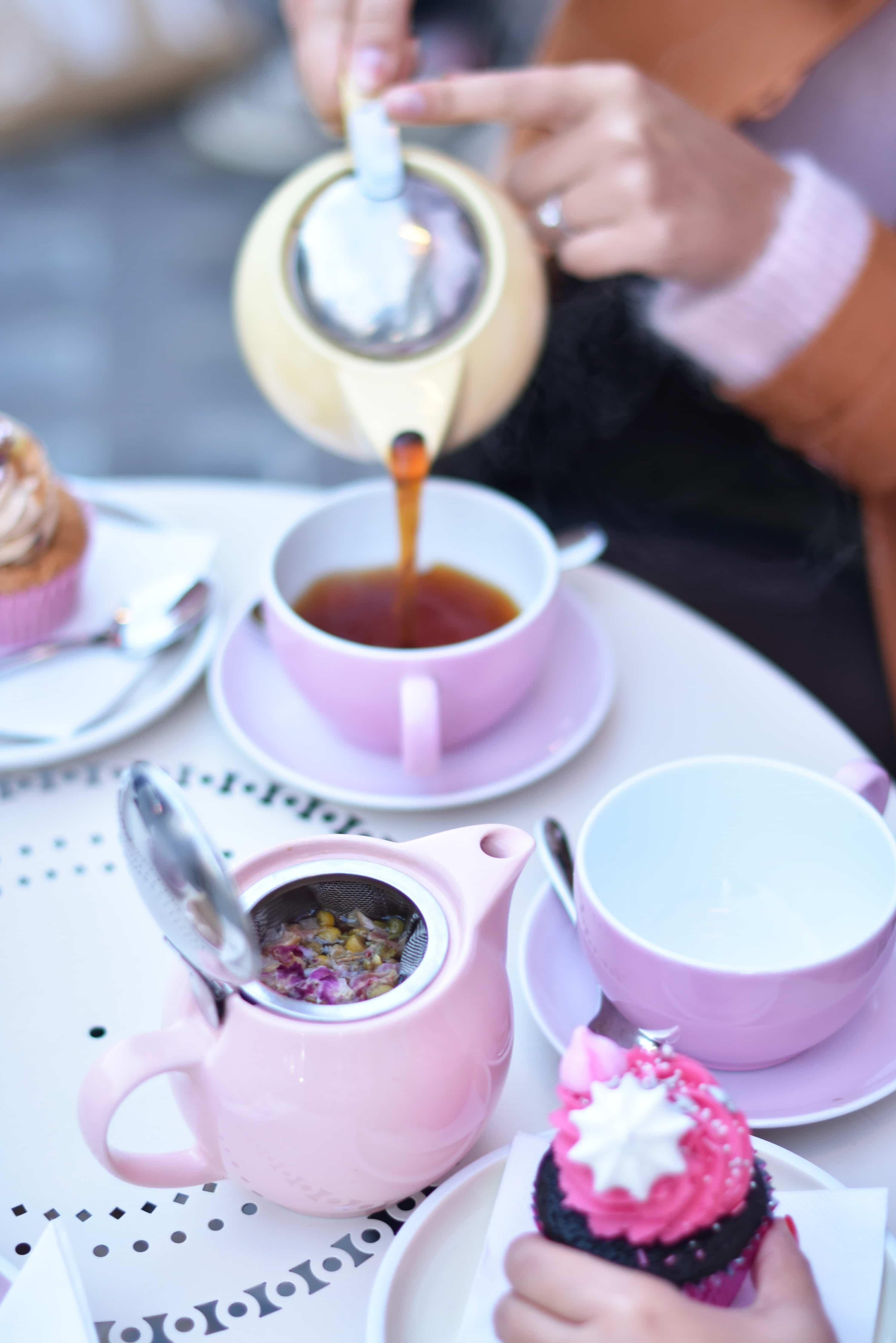 autumn tea time