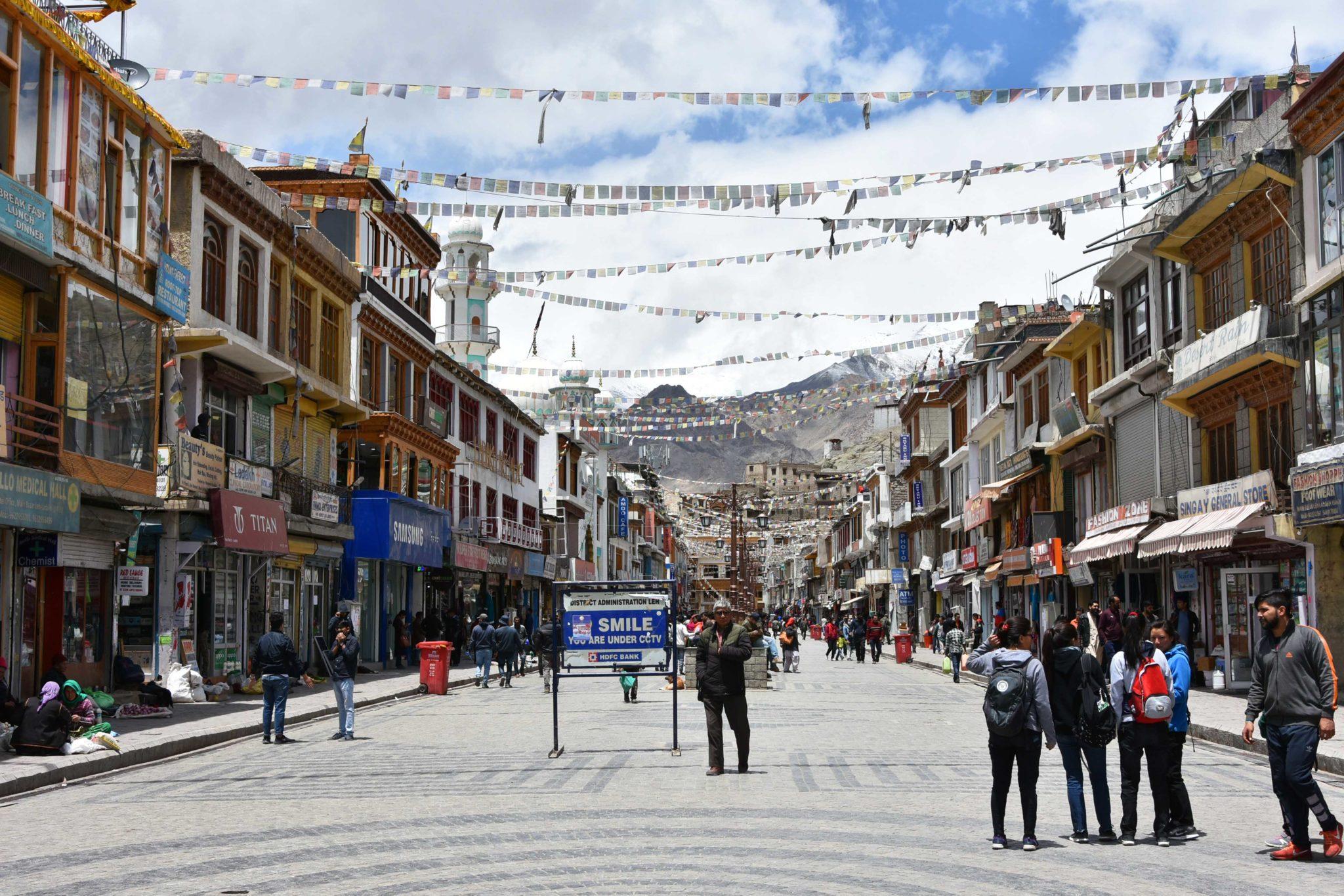 trek ladakh himalaya indien - visite leh