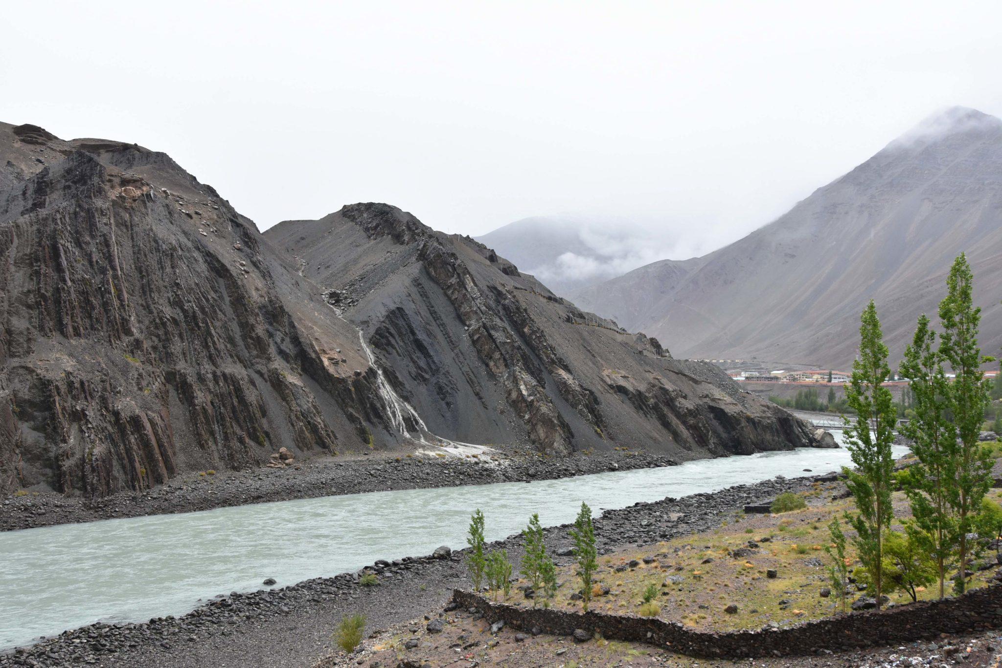 trek ladakh - himalaya indien - visite temple